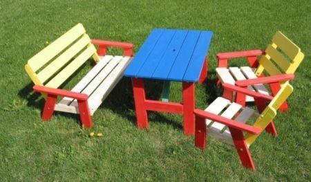 Dřevěné sezení pro děti-UZN